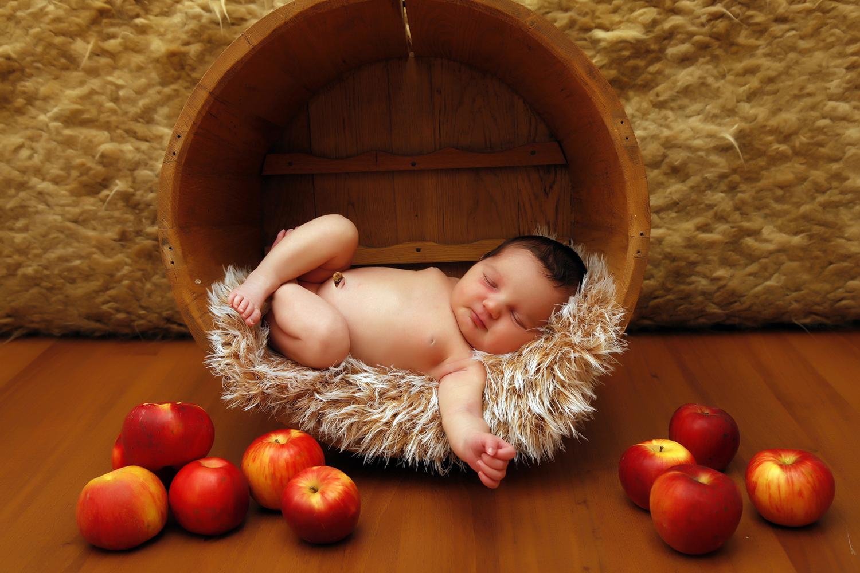 Pongrácz Rita újszülött fotózás 2