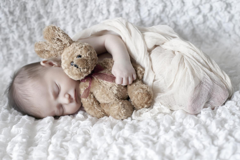 Pongrácz Rita újszülött fotózás 7